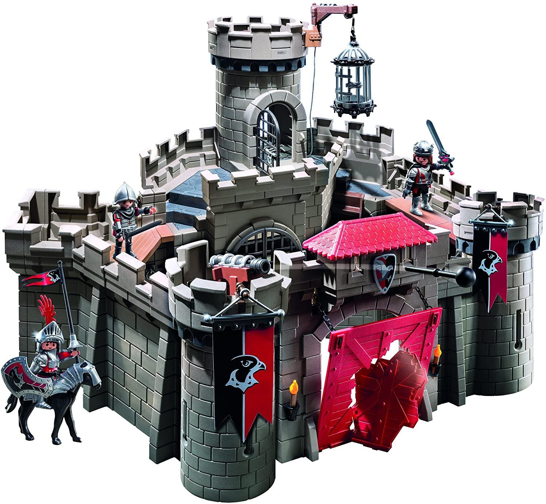 Le château Playmobil 6001 dispose d'un canon.