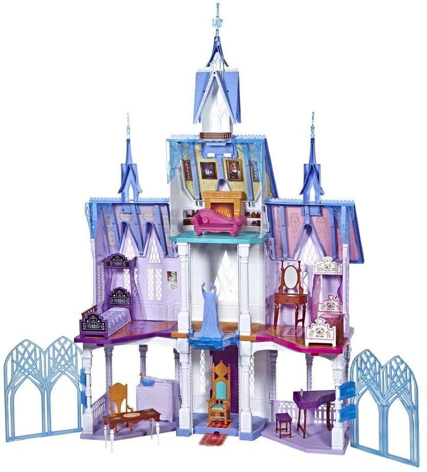 Le château de la reine des neiges 2 mesure 1 mètre et 52 cm de haut.