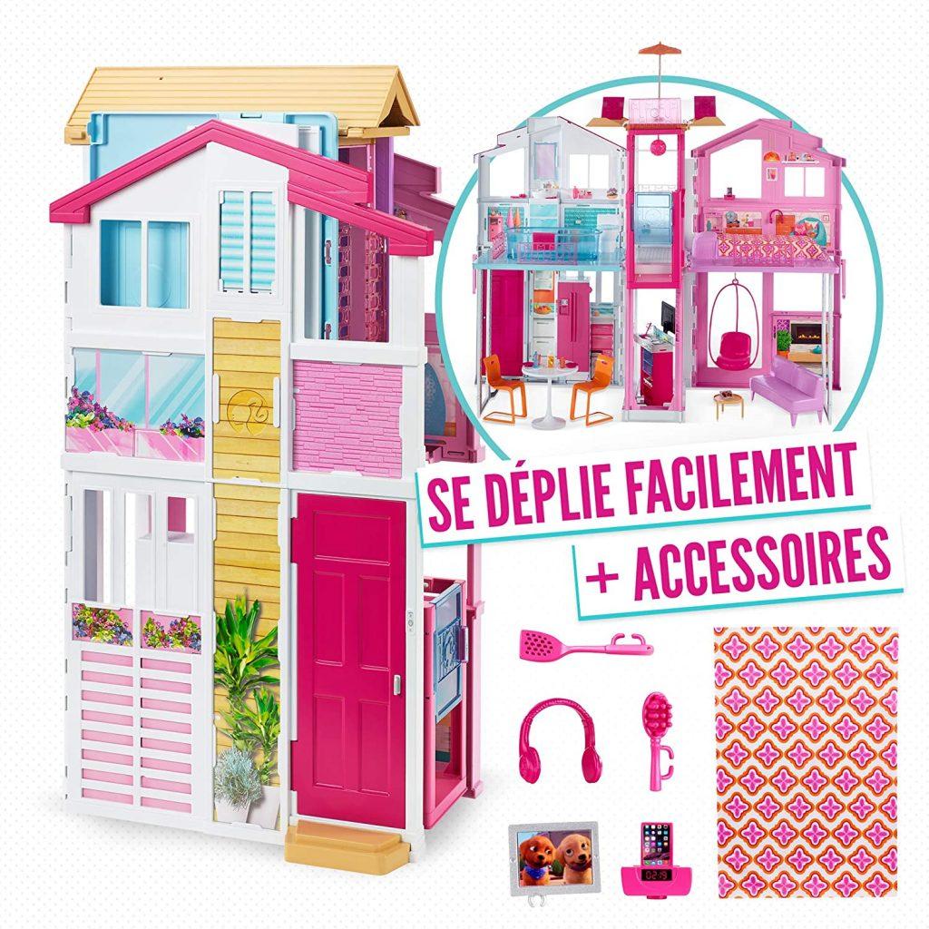 Cette maison de Barbie pliable est livrée avec des accessoires.