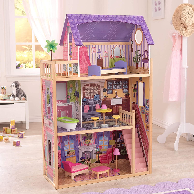 La maison Kidkraft Kayla a un toit violet.