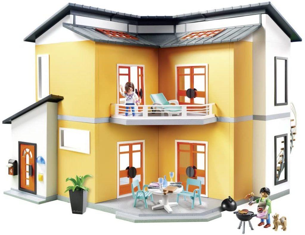 La maison moderne Playmobil 9266 a un grand balcon.
