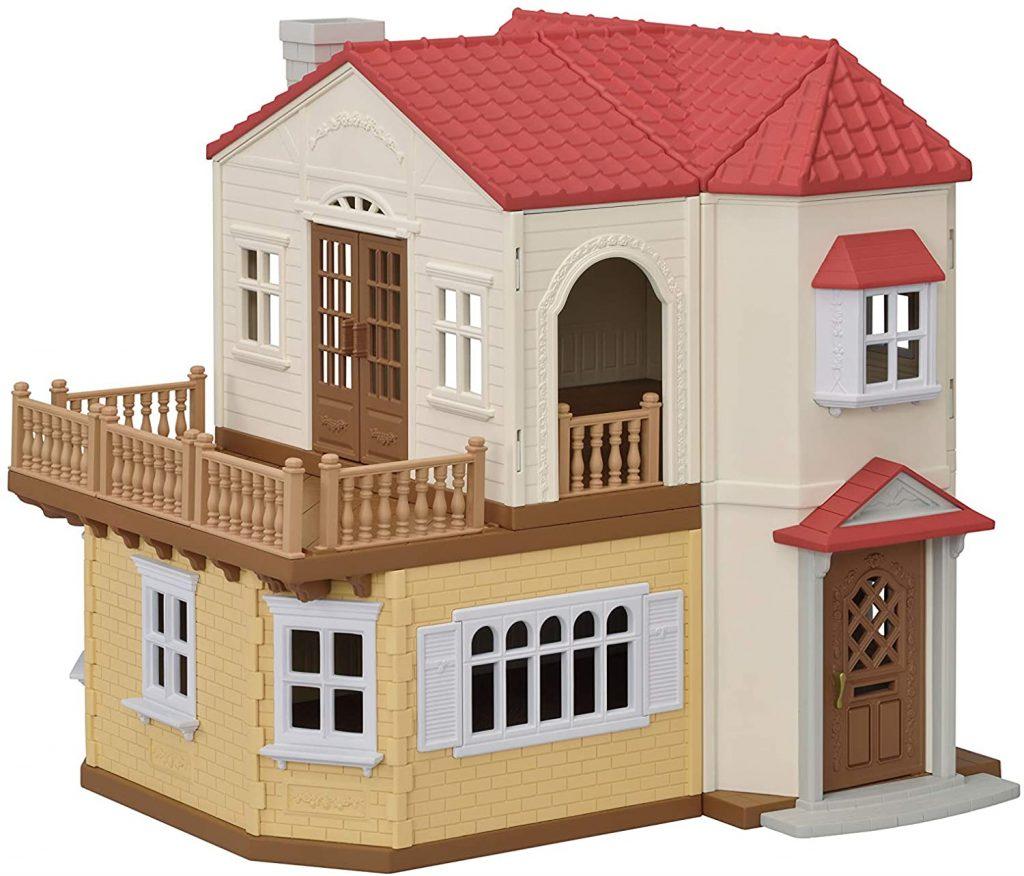 La maison Sylvanian ne comprend pas les mini-poupées et les accessoires pour agencer chaque pièce.