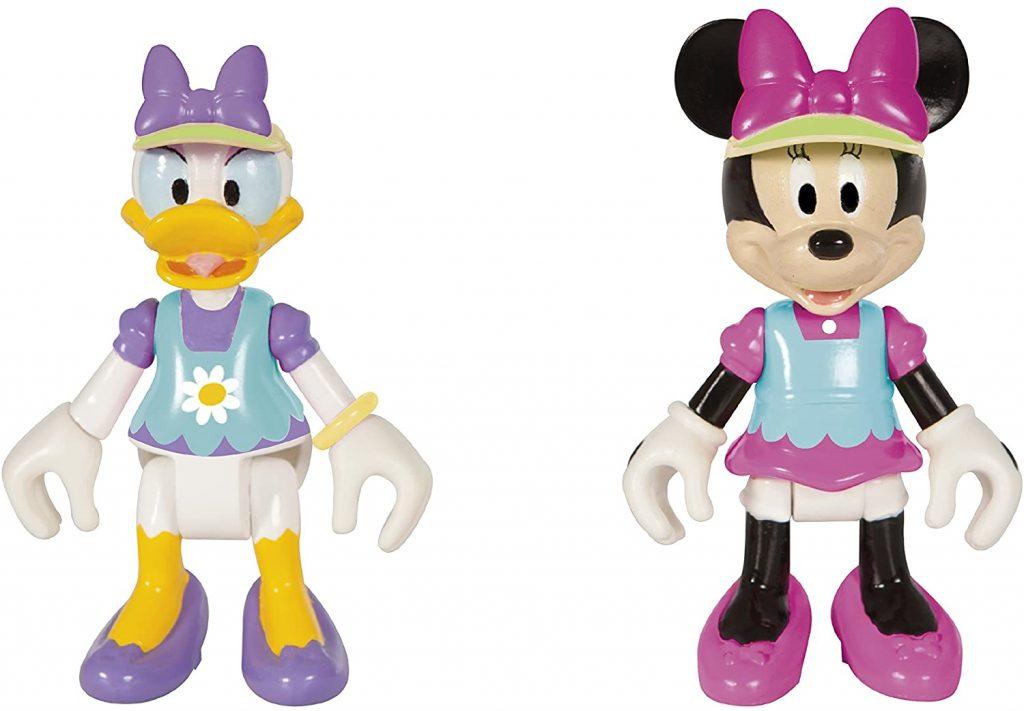 Ces personnages de Minnie et Daisy sont inclus dans la Minnie's House.